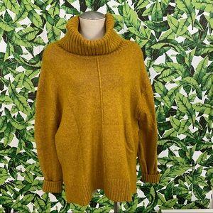 H&M Oversized Turtleneck Sweater 152
